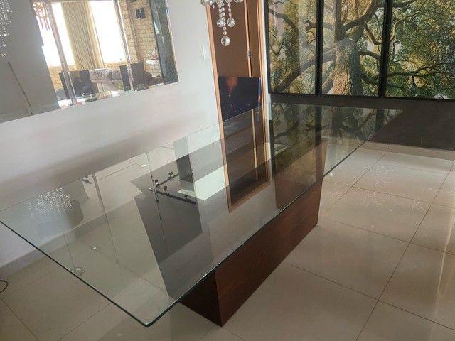 Vendo mesa de vidro com base de madeira  - Foto 6