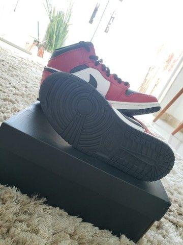 Nike Air Jordan 1 Mid Chicago Black Toe - Foto 4