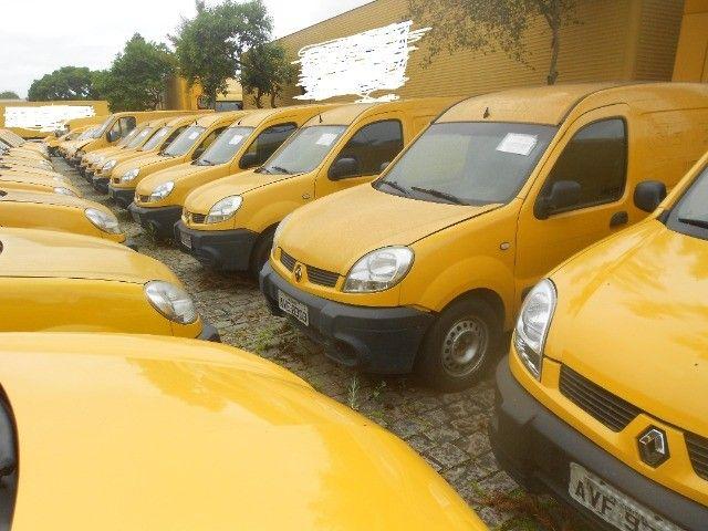 kangoo cargo ,renault kangoo cargo ano 2012/2013 arrumo financiamento !! - Foto 4