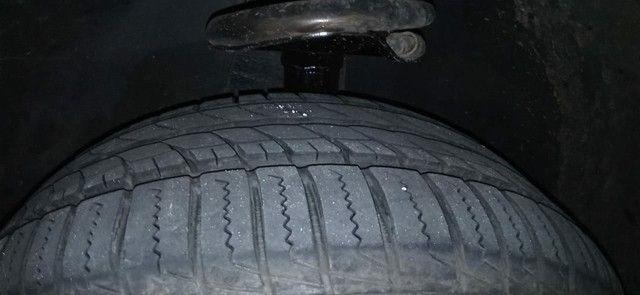 Rodas de liga Aro 15 com 2 pneus Remold NOVOS e dois meia boca - Foto 4