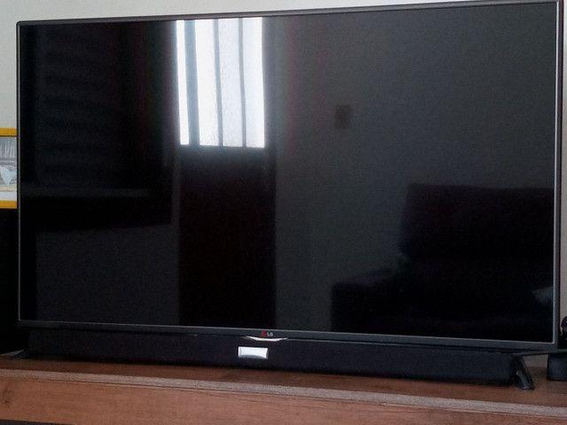 TV 49 '' 3D LG + 10 blurays 3D originais