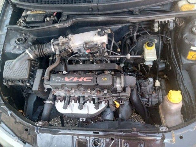 Celta 2003 com 4 pneus zeros  - Foto 2