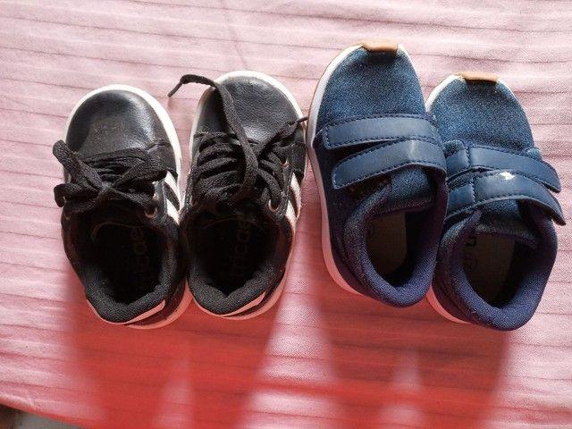 Vendo dois pares de sapato t 21 - Foto 3