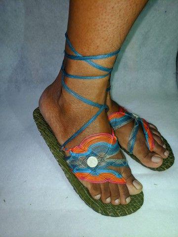 Sandálias artesanais de macramê - Foto 3
