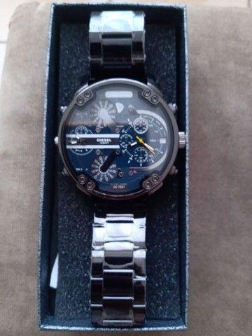Relógio modelo Dz7348 - Foto 2