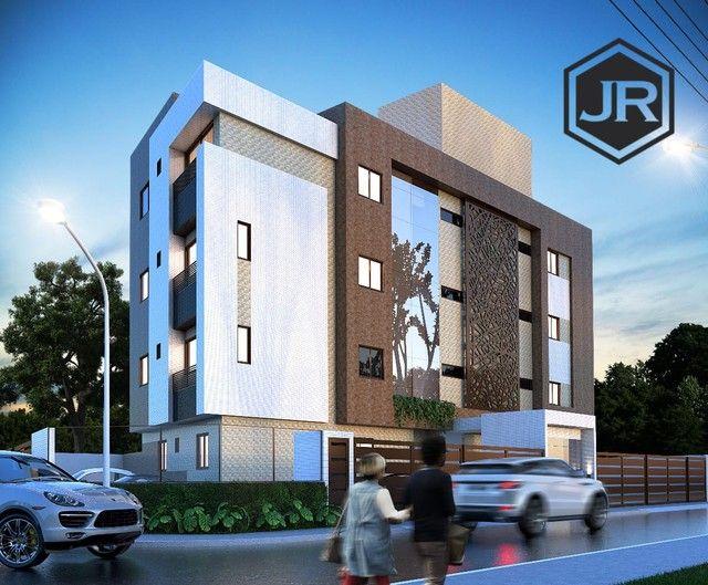 Apartamento em Jaguaribe / dois ou três quartos