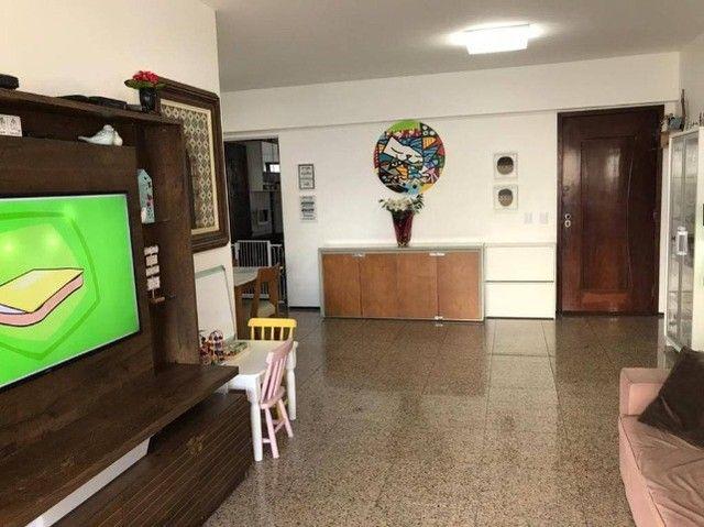 AB303 - Apartamento com 04 quartos/ varanda cortina de vidro/ DCE + Lavabo - Foto 2