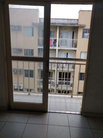 Aluga se um apartamento no condomínio Alamanda - Foto 3