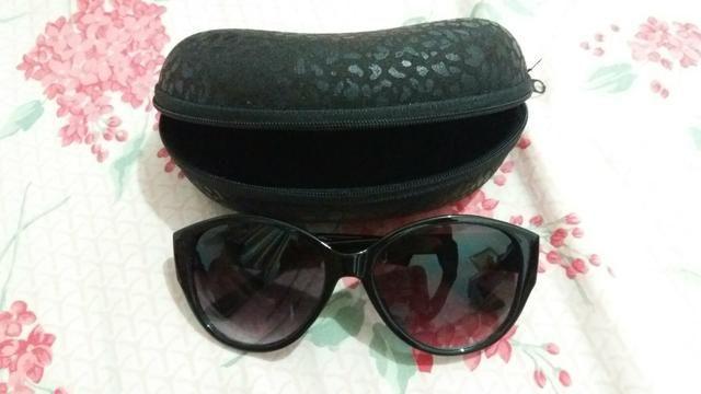 Óculos de Sol com estojo - Bijouterias, relógios e acessórios ... 0f64de9e3d