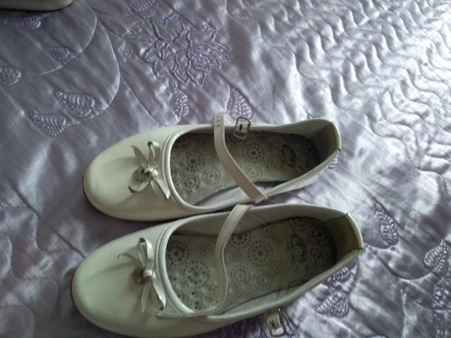 6e22f41325 4 sapatilhas por 35
