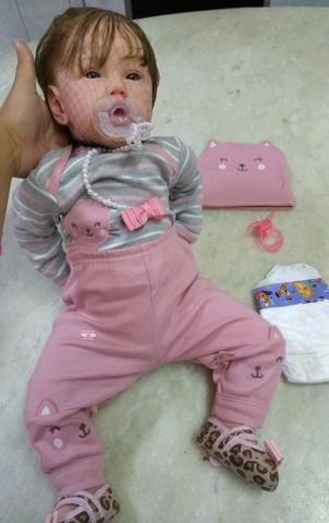 bf4a922665e Boneca Bebê Reborn - Corpo em silicone com pano - Acompanha acessórios