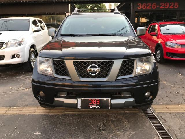 Nissan Frontier 2.5 LE AT 4X4 2013 - Foto 2