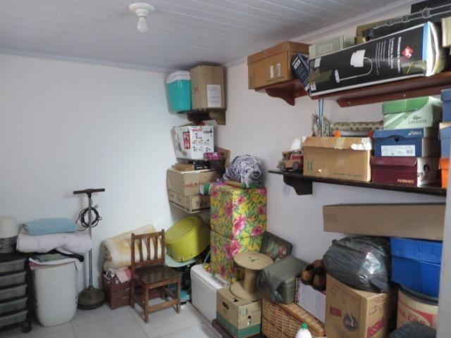 Vendo casa 3 quartos, uma suíte com churrasqueira. Estudo troca apartamento 3 quartos - Foto 18