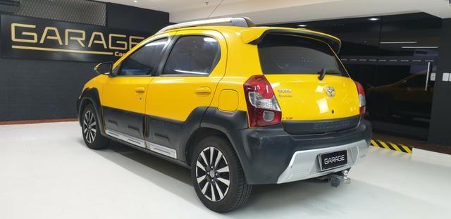 Toyota Etios HB Cross 1.5 Flex 2014/14 - Foto 8