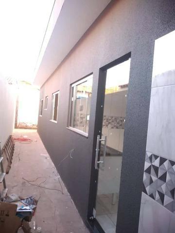 Casa Nova de meio lote Minha Casa Minha Vida (Todas as portas e janelas de blindes) - Foto 5