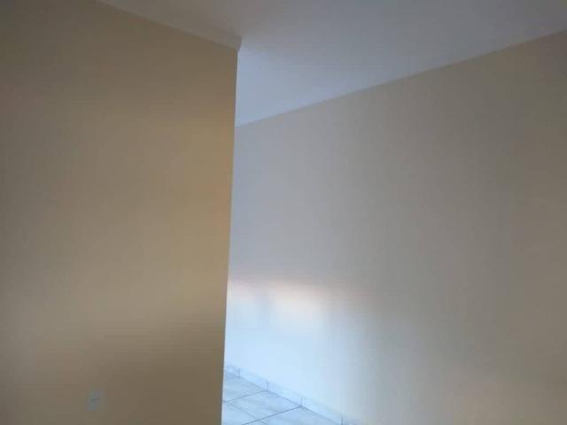 Casa Nova de meio lote Minha Casa Minha Vida (Todas as portas e janelas de blindes) - Foto 7