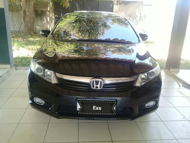 Honda civic sedan EXS 1.8 o top da categoria
