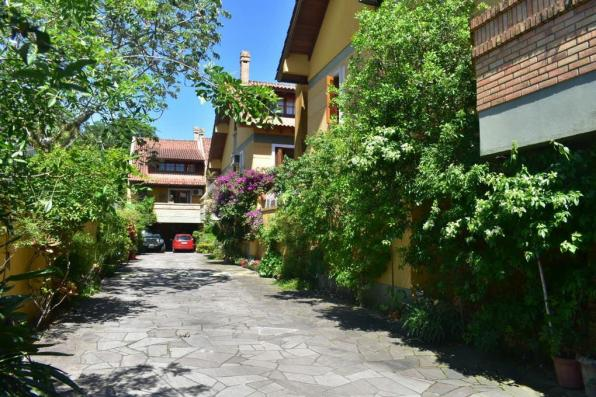 Casa de condomínio à venda com 3 dormitórios em Ipanema, Porto alegre cod:69166