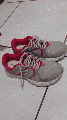 Roupas e calçados Seminovos - Foto 2