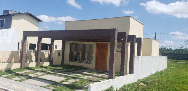 Belíssima Casa no Residencial Arbre Casa com 3 quartos sendo 2 suítes e 2 garagens