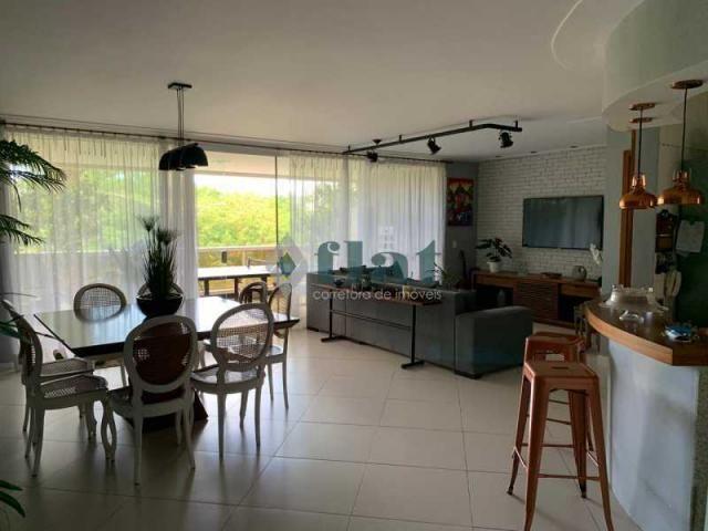 Apartamento à venda com 3 dormitórios cod:FLAP30289