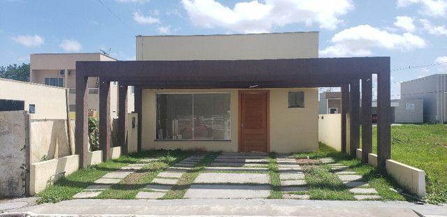 Belíssima Casa no Residencial Arbre Casa com 3 quartos sendo 2 suítes e 2 garagens - Foto 2
