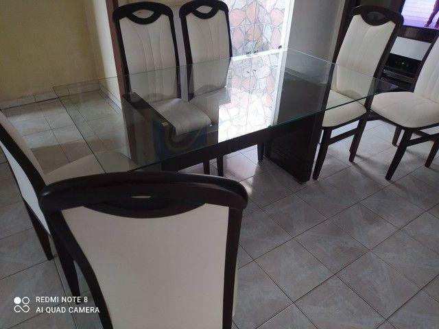 Mesa da sala de estar