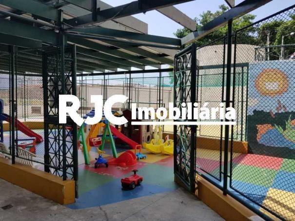 Apartamento à venda com 3 dormitórios em Laranjeiras, Rio de janeiro cod:MBAP33323 - Foto 18