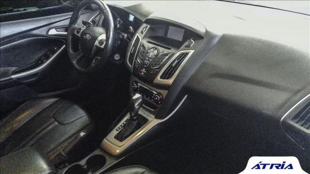 Ford Focus 2.0 se Sedan 16v - Foto 6