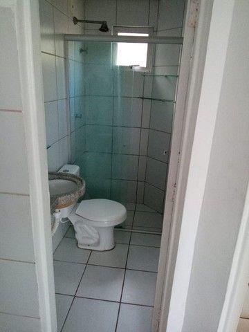 Kitinet um Quarto, Nascente, em Condomínio, com Vaga e ônibus na porta. Um mês de Caução. - Foto 14