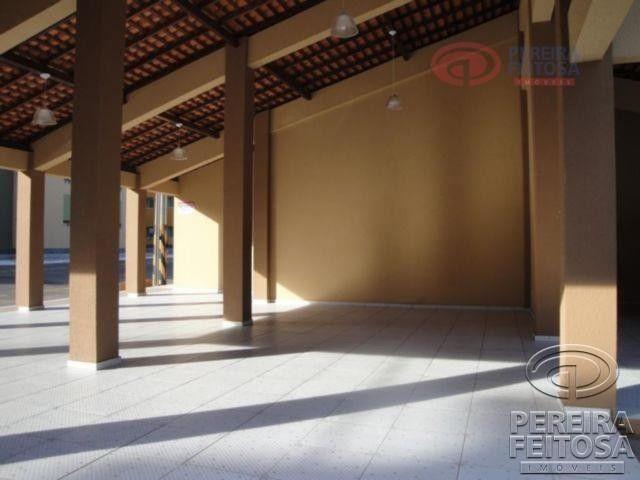 Apartamento com 2 dormitórios para alugar por R$ 950,00 - Cohama - São Luís/MA - Foto 5
