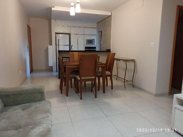 Apartamento Edifício Solar das Palmeiras (próximo Praça Miguel Rossafa) - Foto 2