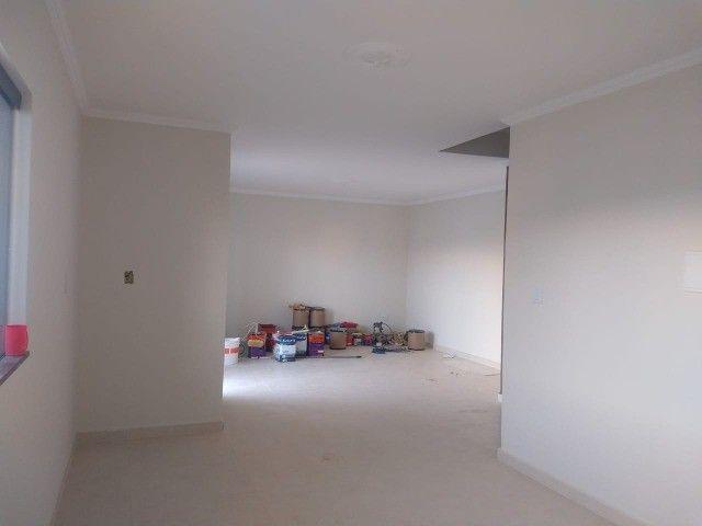 Casa Recém Construída - 3 Dormitórios - Bairro Lagoa Seca. - Foto 9