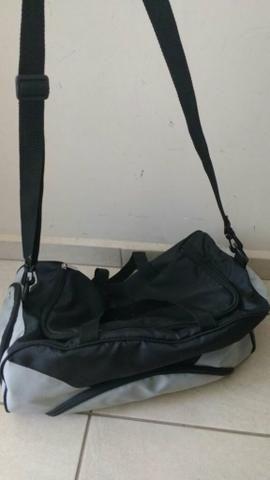Bolsa Kaiak Natura   compartimento para chuteira sapato tecido isolado cc596646488a3