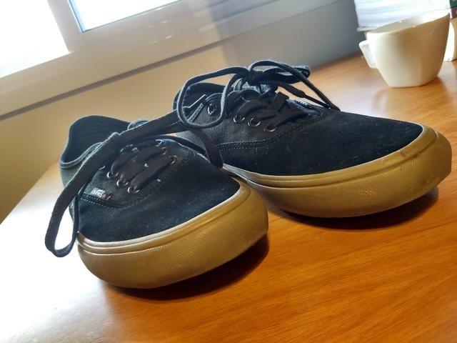 6604b1fef2 Vans Preto com sola marrom n° 40 - Roupas e calçados - Jardim Campo ...