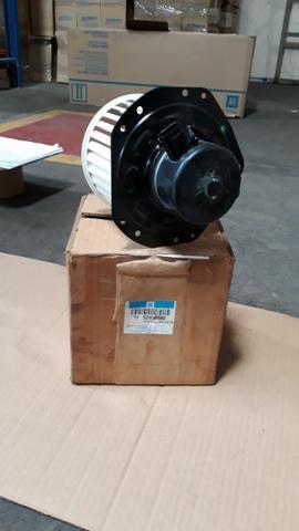 52498980 Motor elétrico com ventoinha S10 - Foto 3