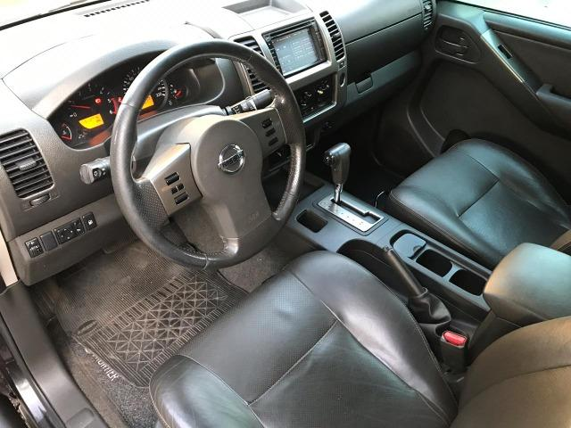 Nissan Frontier 2.5 LE AT 4X4 2013 - Foto 6