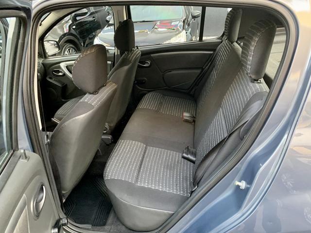 Renault Sandero 1.6 2011/2012 - Foto 8