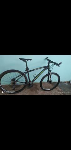 Vendo bike aro 29 freios hidraulicos