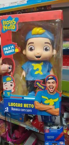 Boneco Lucas neto emborrachado