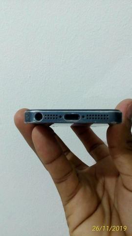 Vendo um iPhone 5 leia com atenção - Foto 4