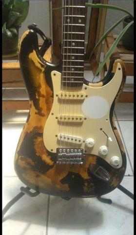 Guitarra Fender Squer preço imperdível - Foto 2