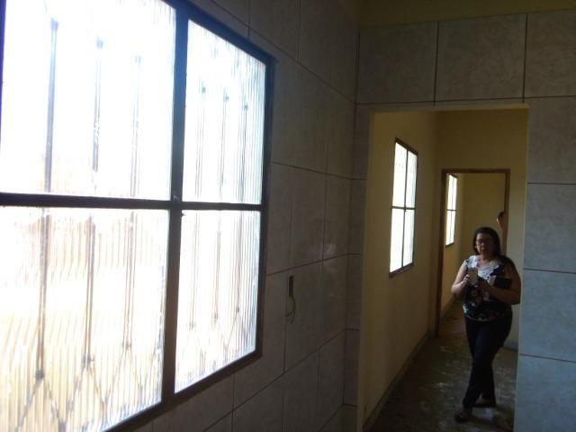 2 Casas + 1 Loja - Foto 3
