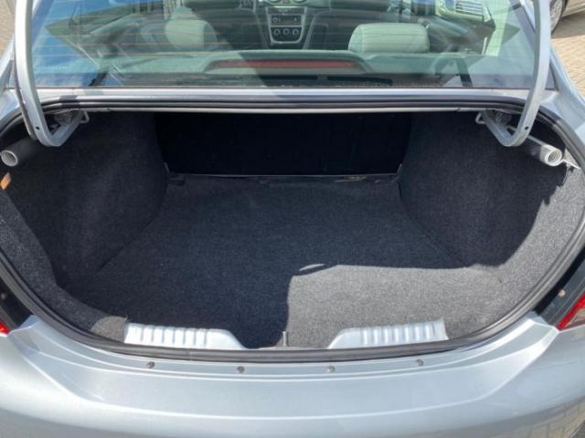 Volkswagen voyage 2013 1.6 mi comfortline i-motion 8v flex 4p automatizado - Foto 15