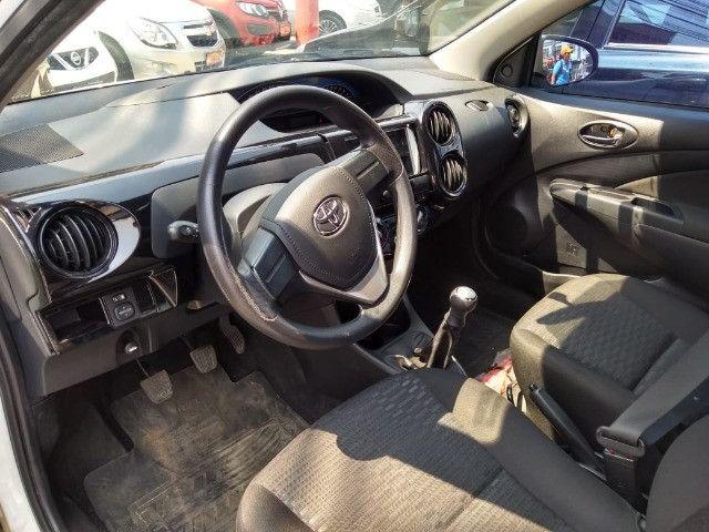 Toyota Etios X 1.5 completo 2016 _ entrada apartir de 7mil + fixas 565,00 - Foto 7