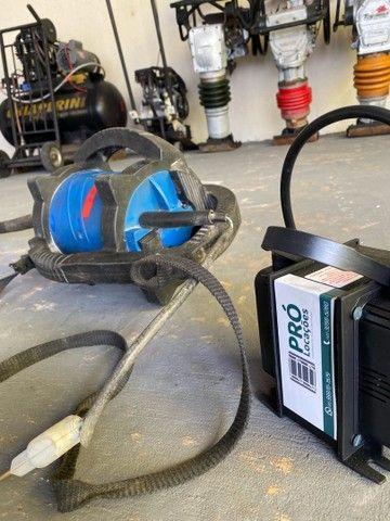 Vibrador portátil de concreto - locações para construção  - Foto 2