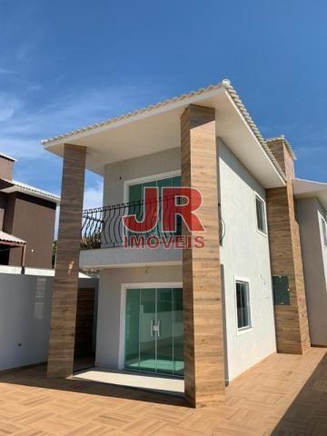 Casa duplex 02 suítes, ampla área externa. Alto padrão, primeira moradia. Cabo Frio-RJ. - Foto 2