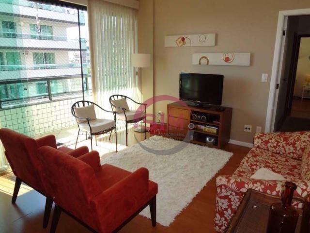 Apartamento com 3 dormitórios à venda, 250 m² por R$ 750.000 - Vila Nova - Cabo Frio/RJ