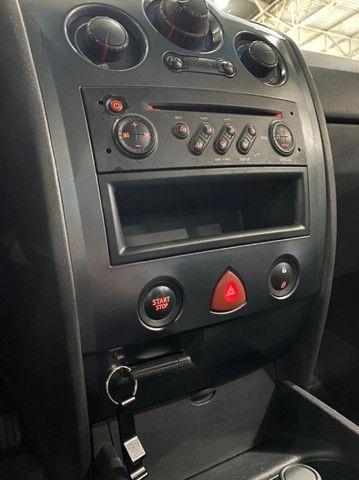 Renault Megane Expression 1.6 Flex 2011. - Foto 13