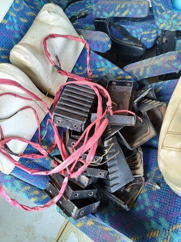 Vendo 8 Janelas, 24 poltronas de micro onibus - Foto 6